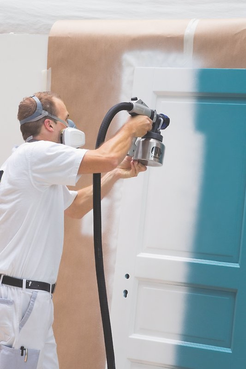perfekte technik fur die praxis fur nast anwendungen bietet sich zum beispiel das lackieren von garagentoren heizkorpern oder turzargen an