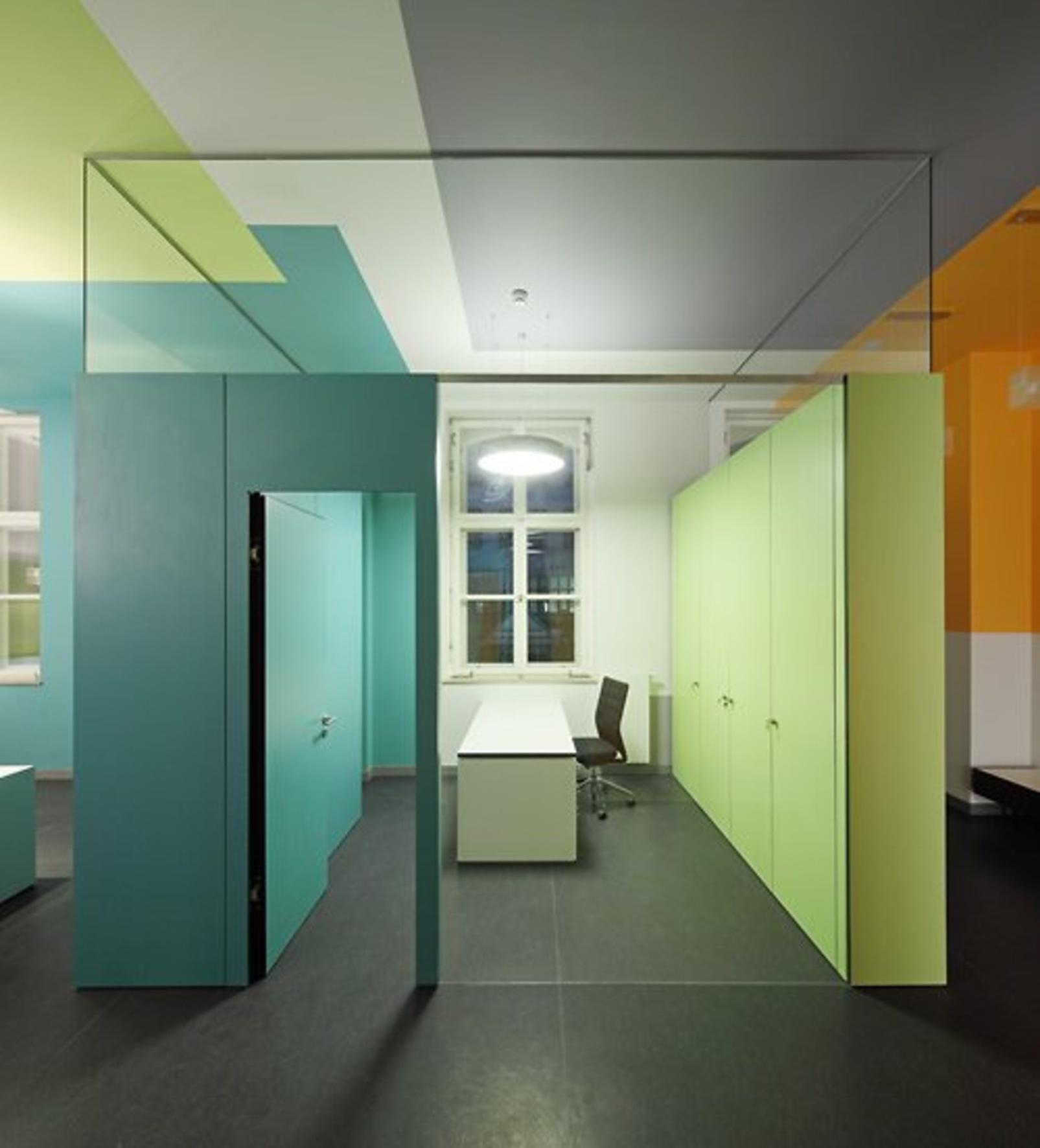 neuer raumfluss durch farbe caparol. Black Bedroom Furniture Sets. Home Design Ideas