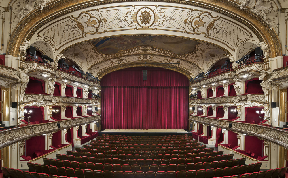 architects caparol. Black Bedroom Furniture Sets. Home Design Ideas