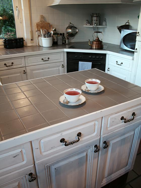 aus alt mach neu vintage caparol. Black Bedroom Furniture Sets. Home Design Ideas